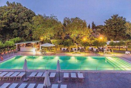 Esclusive offerte giornaliere per viaggi e weekend ristoranti centri - Hotel con piscina catania ...